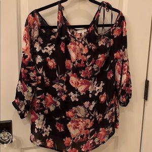 Joie silk blouse Medium. Floral. cold shoulder.
